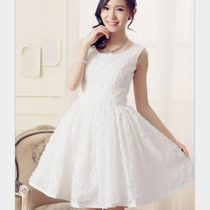 Best of the Bunch Dress - White